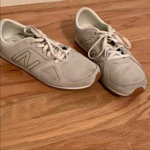 New Balance 555 Sneakers